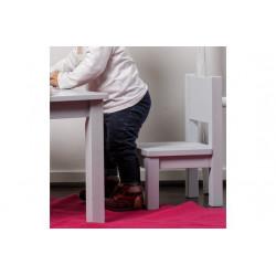 chaise-rose-enfant-pour-tout-petits