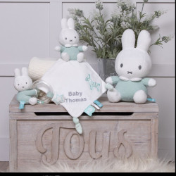 collection-Miffy-peluche-lapin