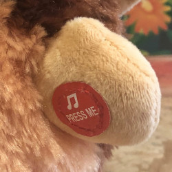 peluche-animee-singe-giggle-pour-jouet