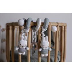 spirale-d-activites-Miffy-jouet-chambre-bebe